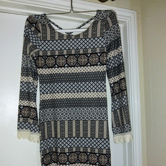 LARGE FITTED DRESS LADIES